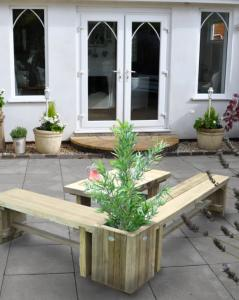 Double Sleeper Bench Planter