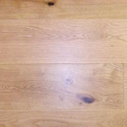 Oak solid wood flooring Lacquered.