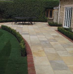 Tuscan Limestone Paving Project Pack 18.9m2